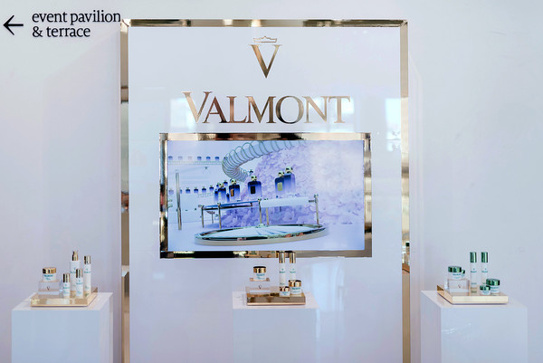 Pop-up Valmont at DFS